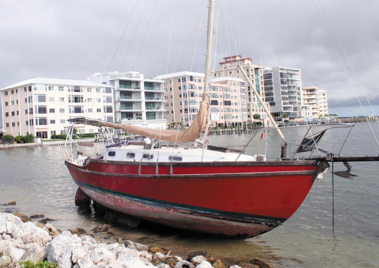 Golden Hind sloop