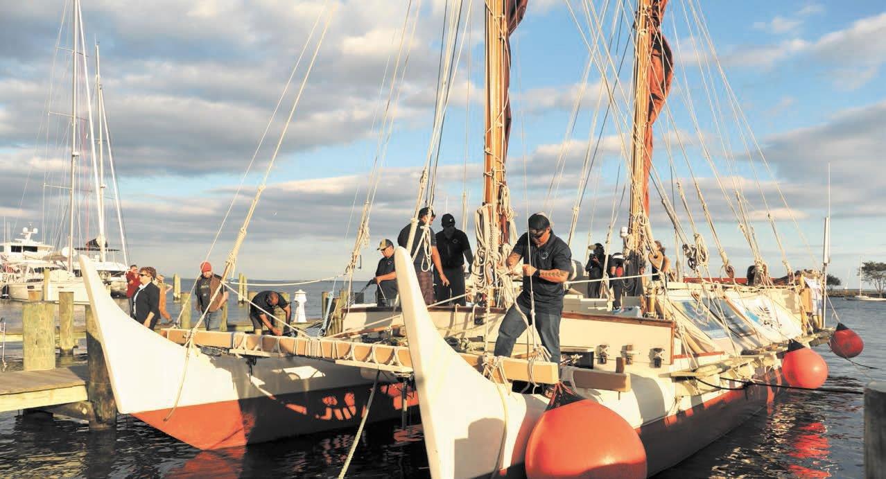Polynesian voyaging catamaran Hokule